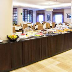 desayunos-hoteles-amaraplaza-servicios-desayuno-buffet-1
