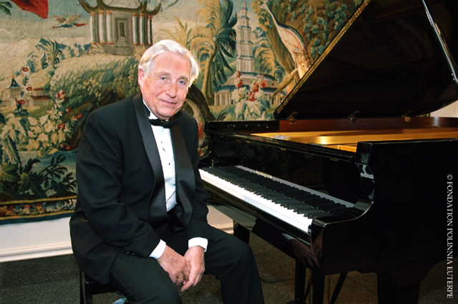 El Pianista Joaquin Achucarro en el Kursal