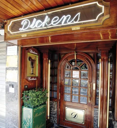 Coctelería Dickens