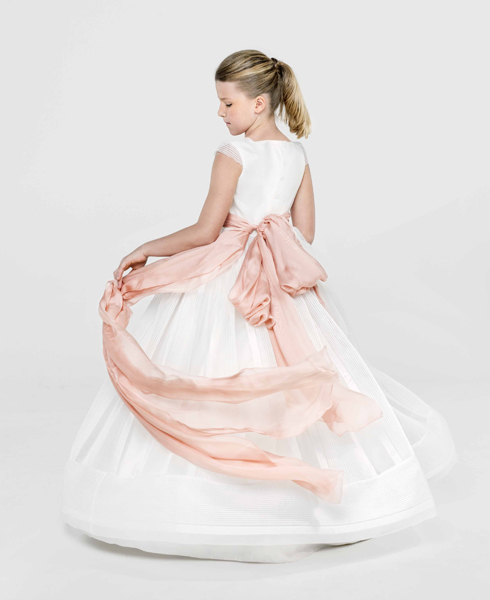 isabel zapardiez alta costura vestidos comunión san sebastián