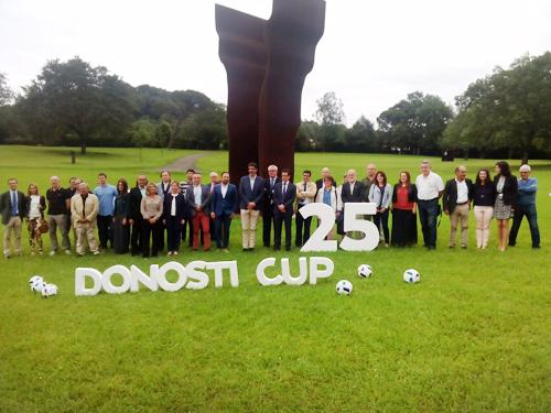Presentación de la Donosti Cup 2016 en Chillida Leku