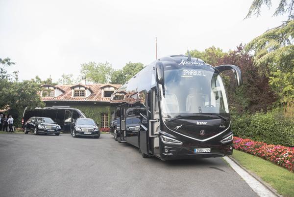 Iparbus presenta sus nuevos Vehículos de Lujo