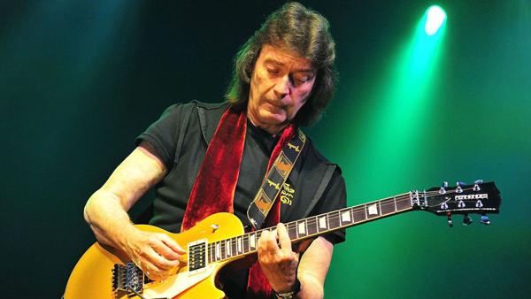 El Kursaal recibe al Guitarrista de Génesis Steve Hackett