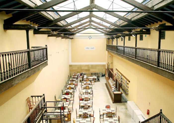 El viejo trinquete se convierte en restaurante y se - Restaurante kaskazuri san sebastian ...
