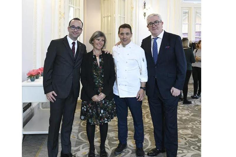 Francis Paniego presenta su cocina en el Hotel María Cristina